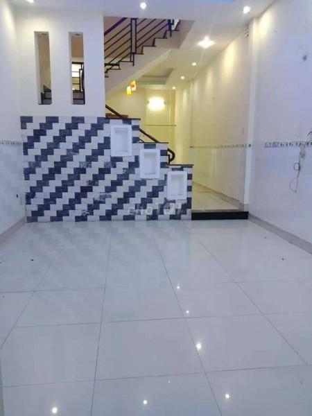 Trống nhà rộng 60m2, 1 trệt, 1 lầu đúc kiên cố, giá 8 triệu/tháng, hẻm Huỳnh Tấn Phát, Quận 7, 60m2, ,