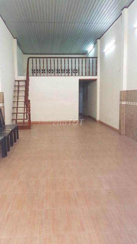 Chính chủ cần cho thuê nhà rộng 80m2, 2 tầng, còn mới, giá 12 triệu/tháng, hẻm Phan Văn Trị, Gò Vấp, 80m2, ,